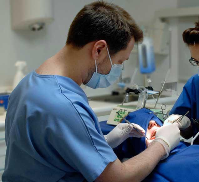 cirugía oral clínica dr calatayud