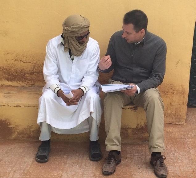 dr Calatayud en los campos de refugiados